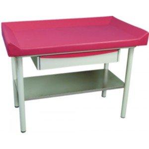 Table de pédiatrie Promotal - Le plateau inférieur en acier inoxydable.